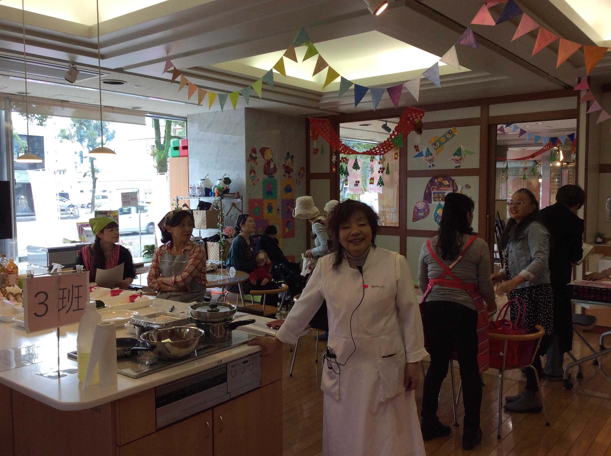 恭子先生の簡単料理&食育セミナー    秋三昧を食す